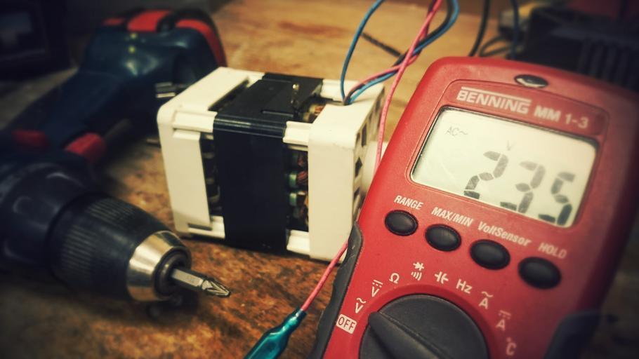 vybavení elektrikáře