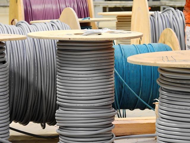 elektrické kabely